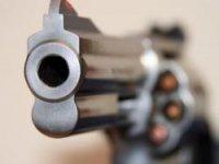 Полицейский на Урале убил коллегу во время стрельбы по бутылкам