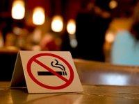 Медведев: запрет на курение будет тотальным, не будем прислушиваться к курильщикам